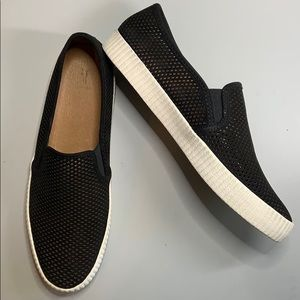 Frye black suede leather perforated slip on sz 9.5